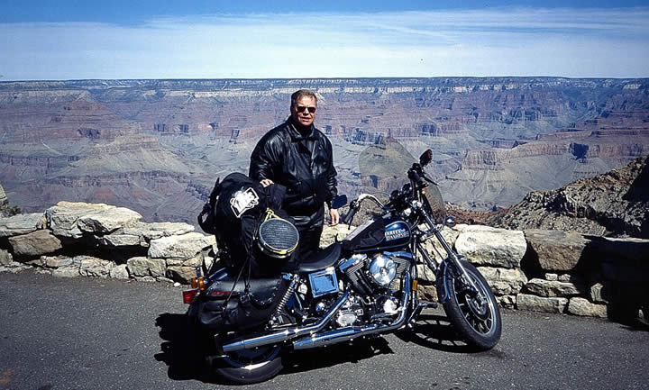 Walter on his first bike tour in the US, 1998 - © by Dreamroad.de