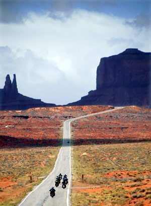 Every German biker's dream: America's Wide Open Roads © by Dreamroad.de