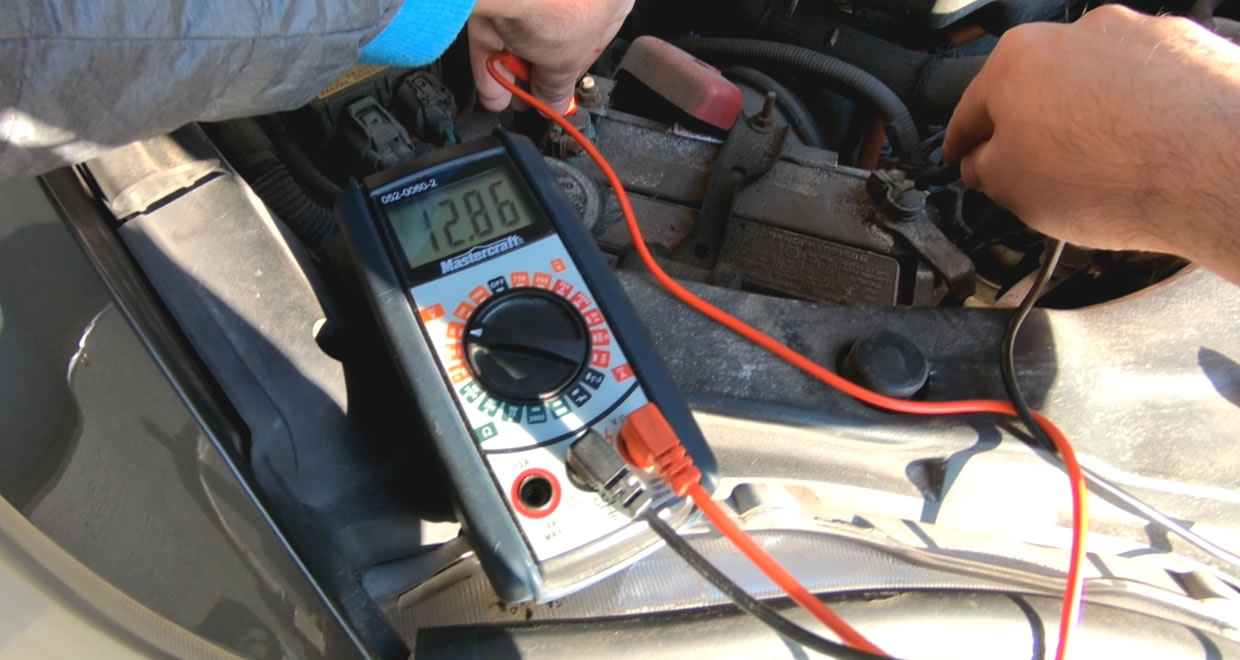 How to test a car battery with a multimeter
